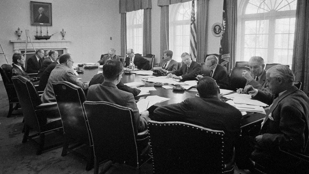 Krizový kabniet prezidenta Kennedyho v době karibské krize