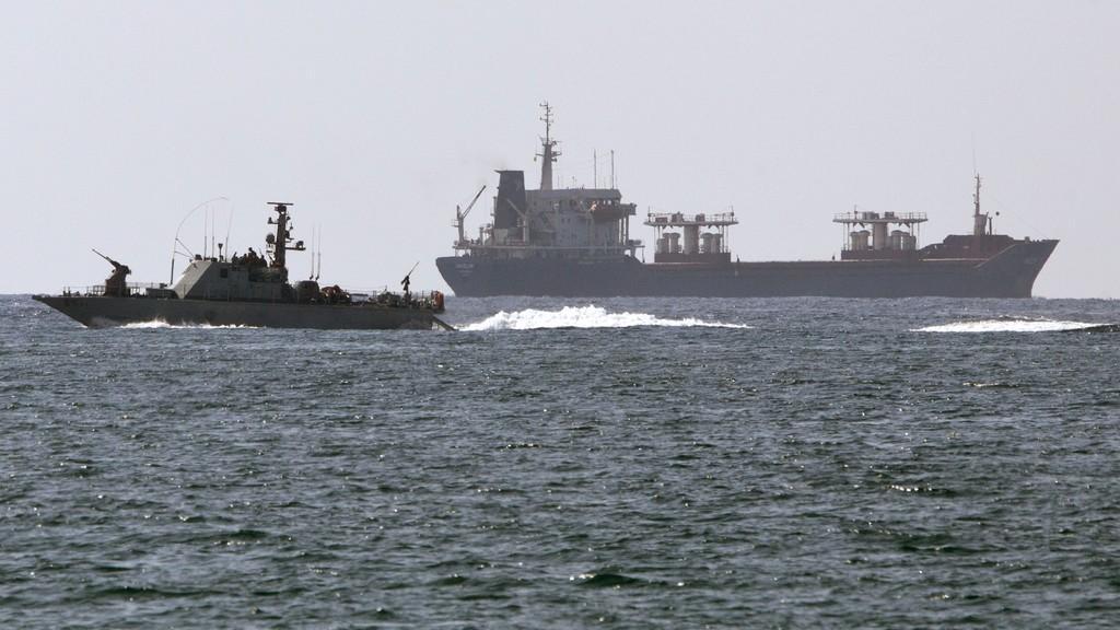 Izraelci zasáhli proti lodi mířící do Gazy