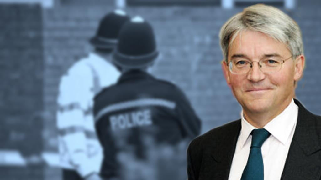 Andrew Mitchell rezignoval