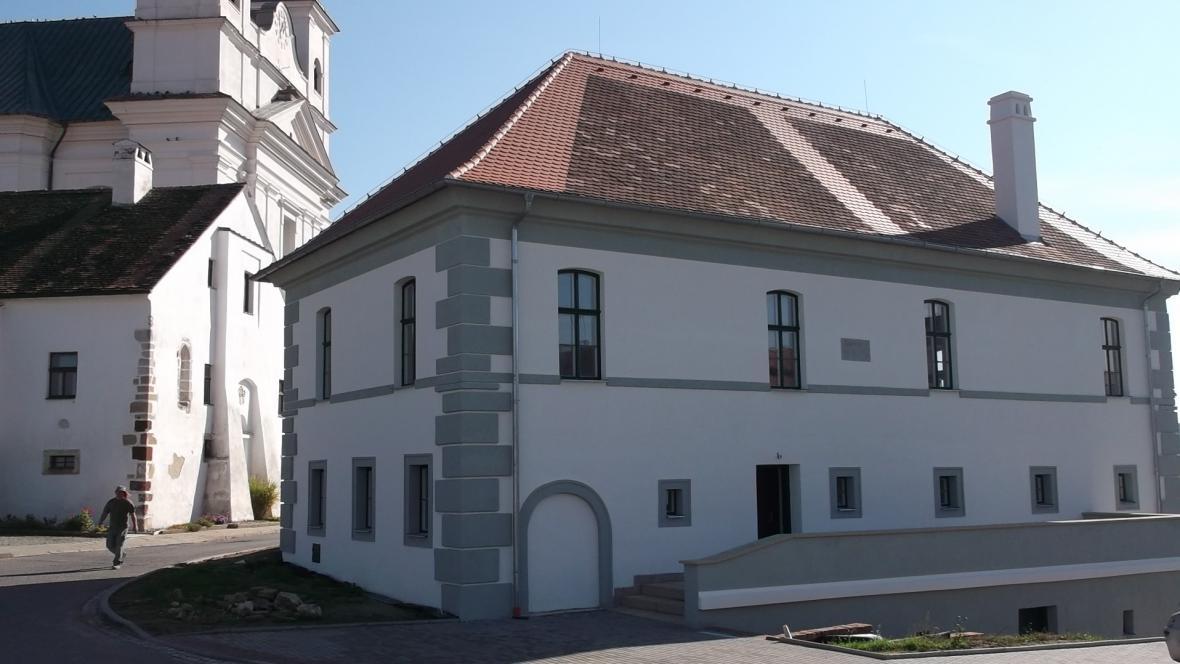 Stará radnice v Drnholci