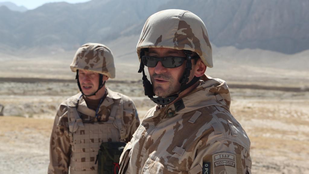 Ondřej Malý a Ondřej Vetchý při natáčení filmu Všiváci v Afghánistánu
