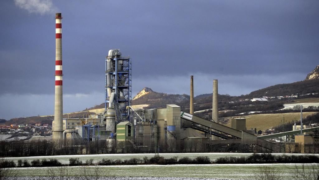 Cementárna v Čížkovicích