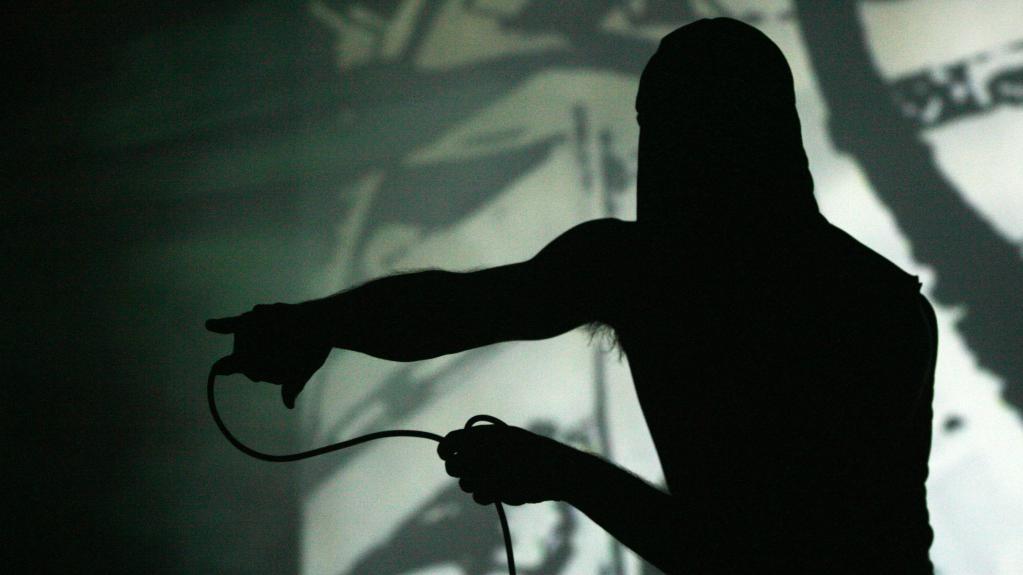 Koncert skupiny Laibach v klubu Roxy