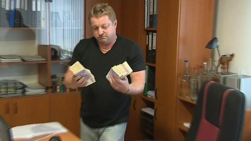 Jednatel likérky nabídl za dopadení pachatele milion