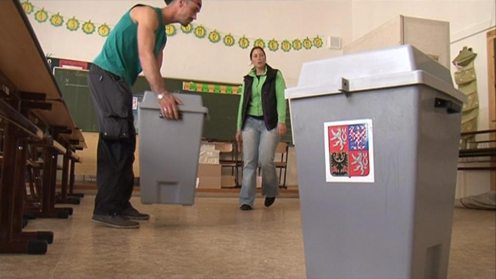 Volební urny budou po dobu voleb zapečetěné