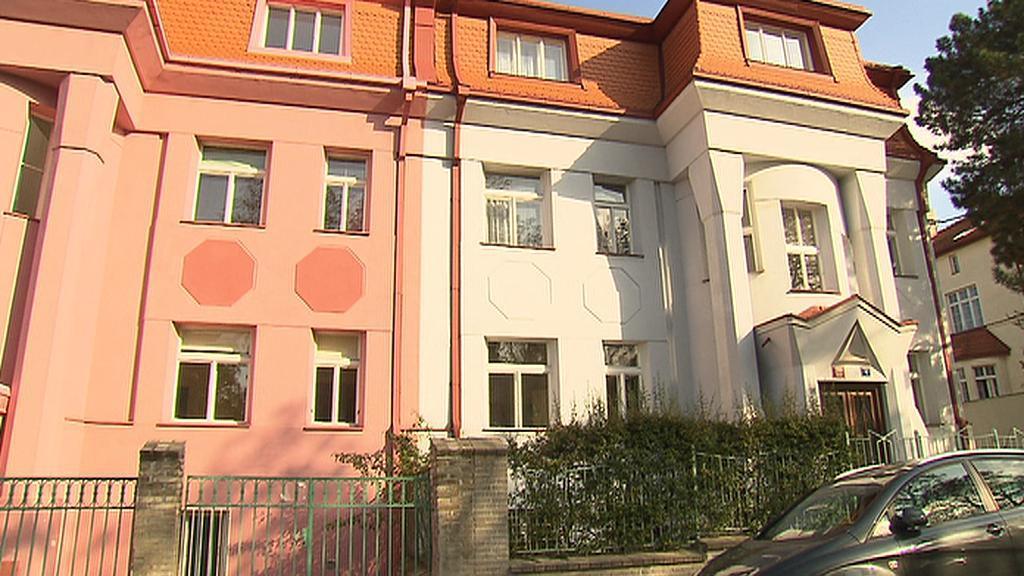 S Kotěrou a jeho žáky po Praze / architekt Josef Gočár