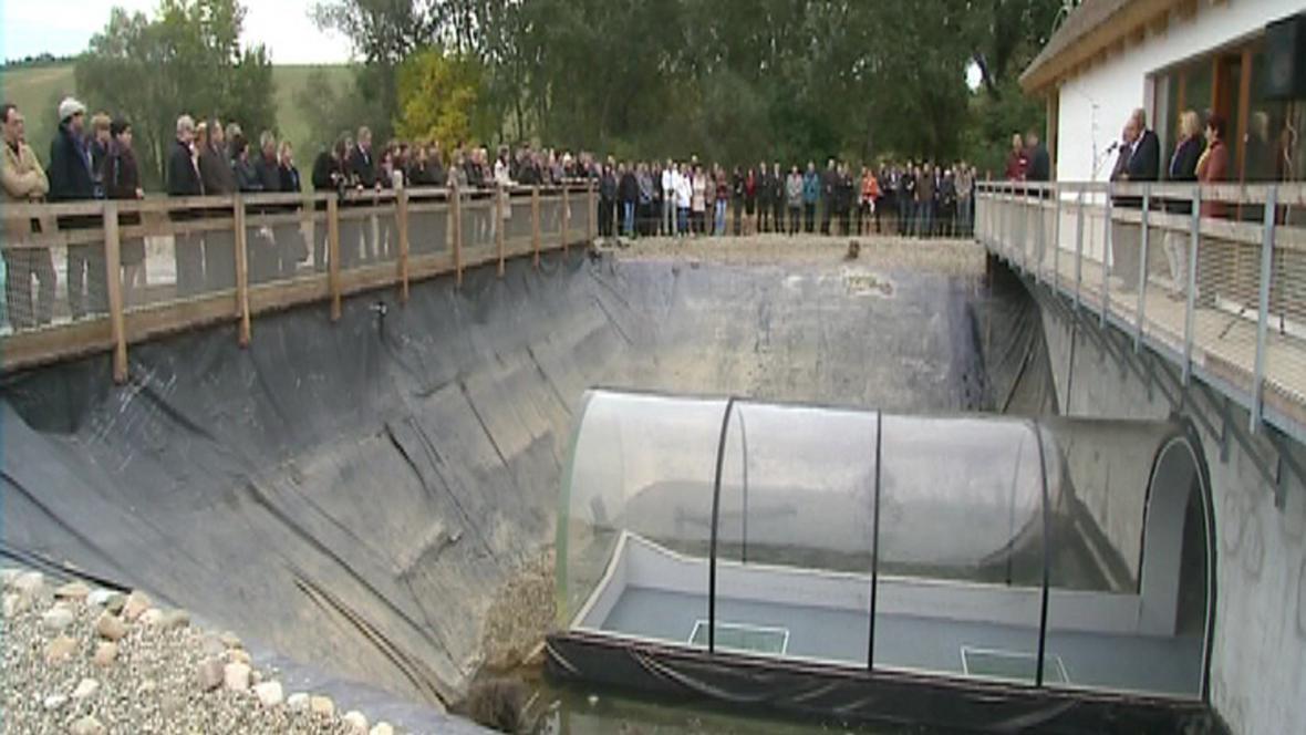 Slavnostní otevření tunelu muselo být kvůli závadě odsunuto