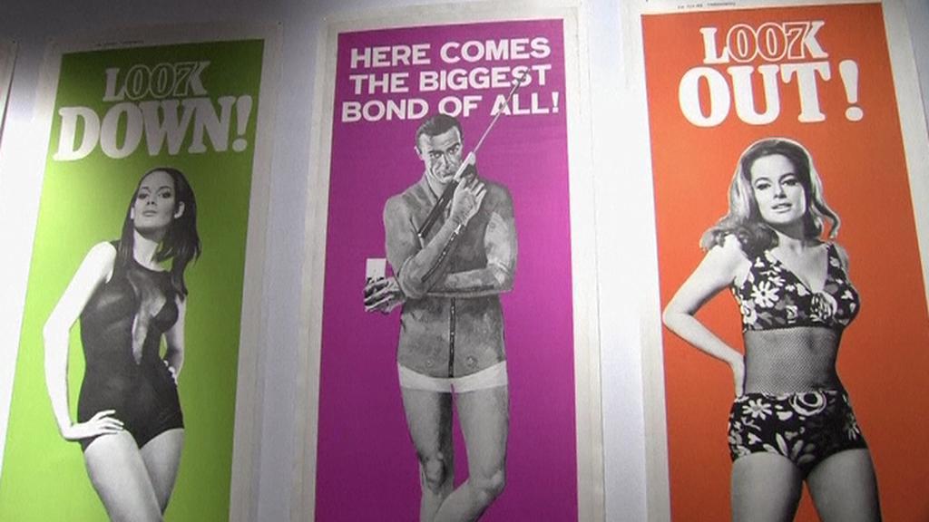 Plakáty z aukce Jamese Bonda