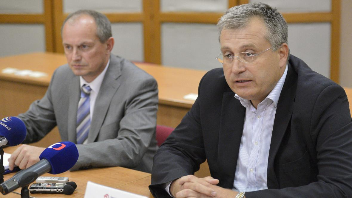 Jiří Pařízek a Jiří Nouza (vpravo)