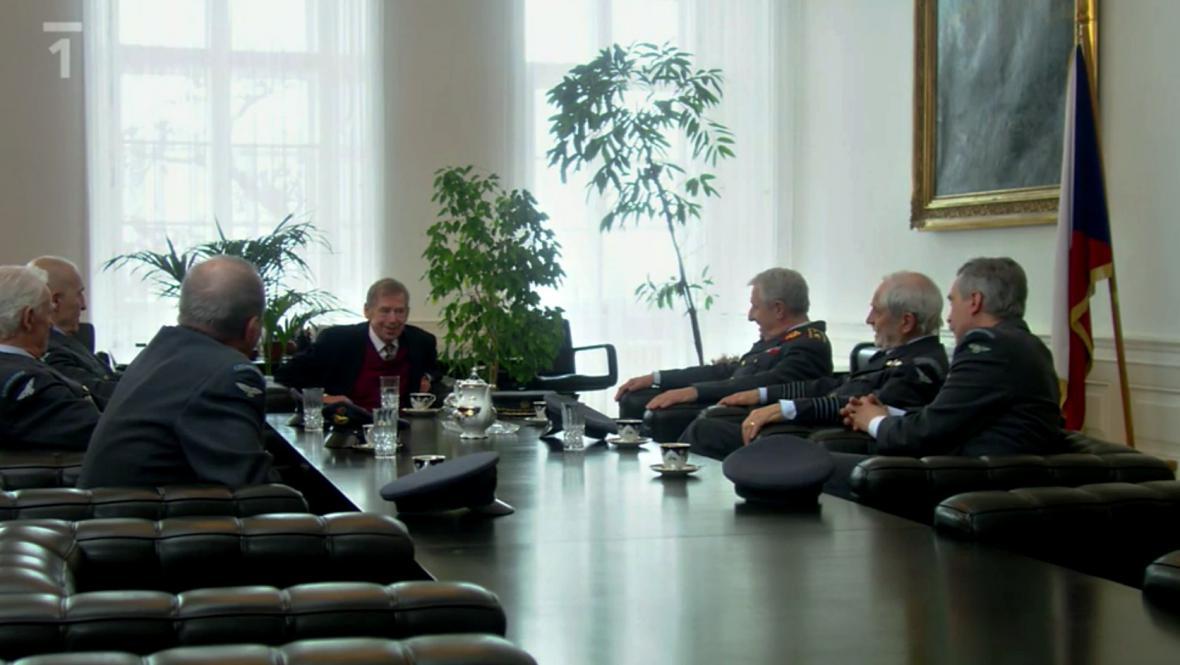 Václav Havel v serálu Zdivočelá země