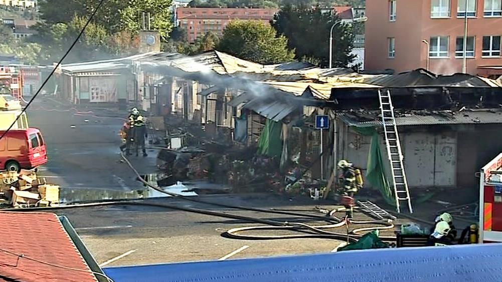 Před třemi týdny tržnici opět zničil požár