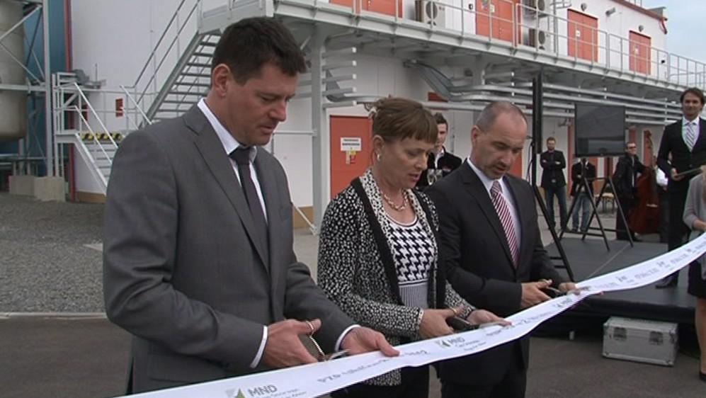 Slavnostní otevírání nového zásobníku v Uhřicích