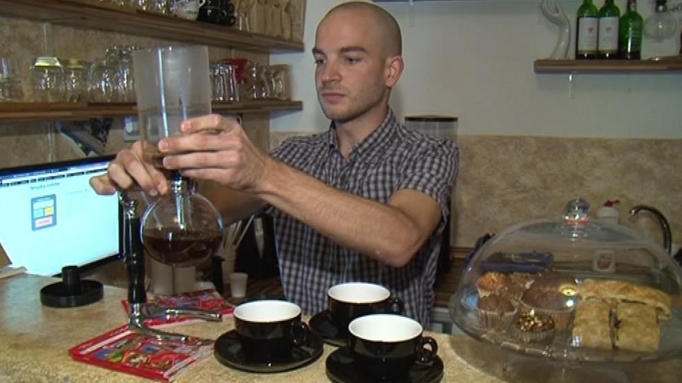 Příprava kávy pomocí Vacuum Potu není příliš obvyklá