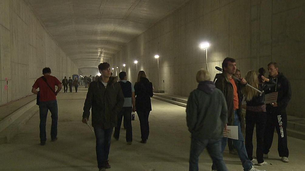Tunel Blanka přilákal davy Pražanů