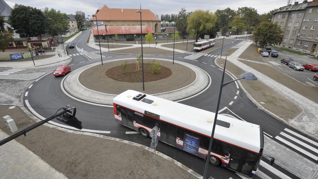 Nový kruhový objezd v Olomouci