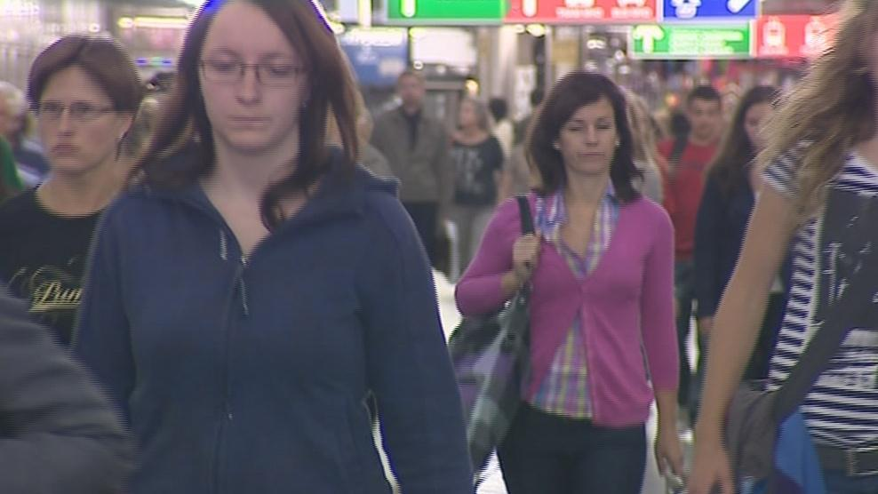 Podchodem projdou tisíce lidí denně