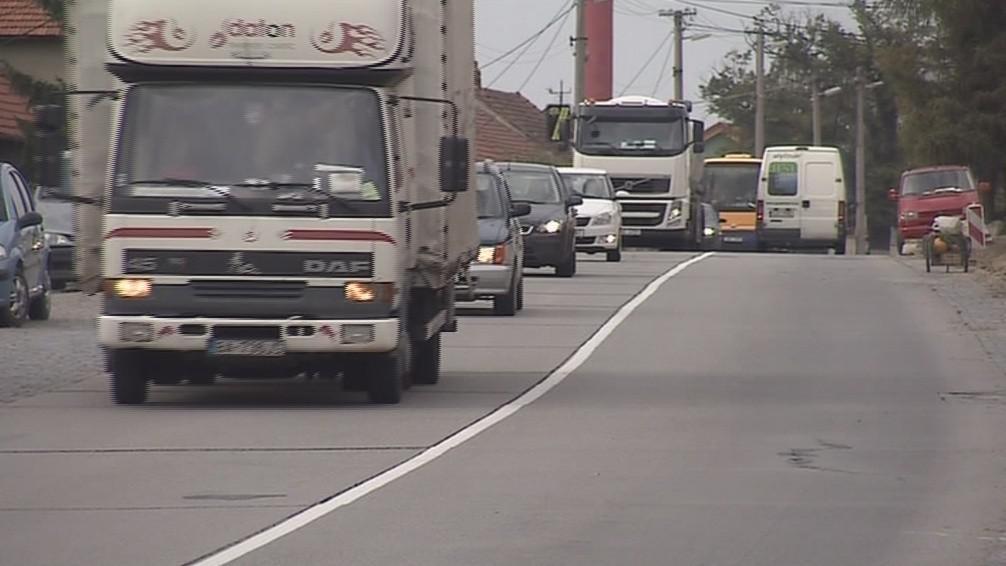 Starovičkami denně projedou dvě tisícovky nákladních aut