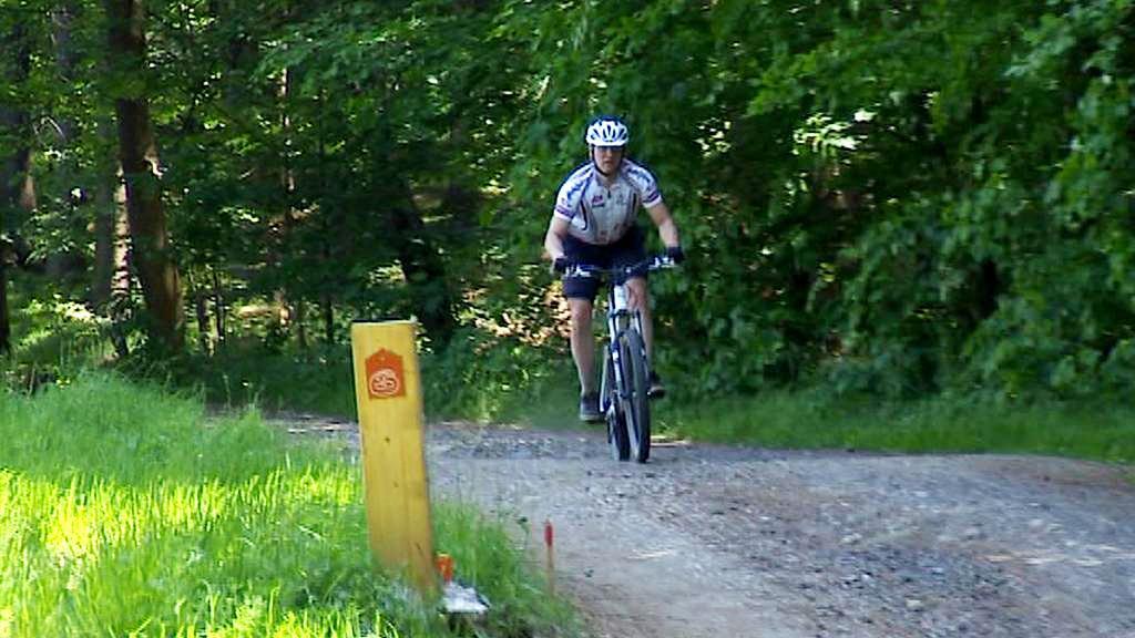 Cyklista v Jizerských horách