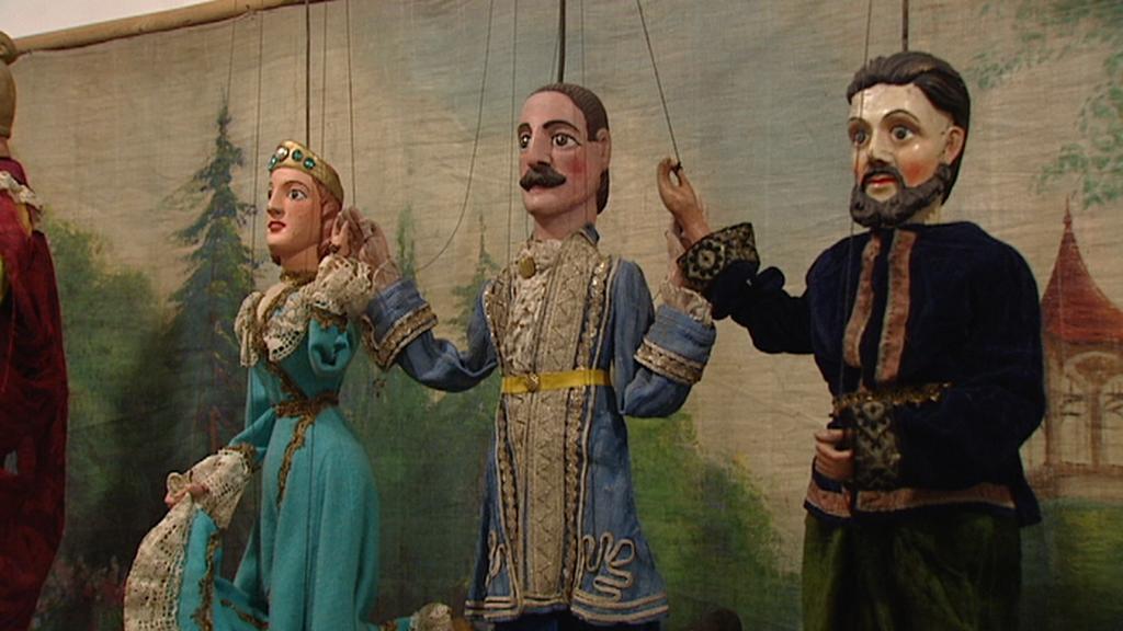 Galerie Smečky vystavuje loutky a marionety