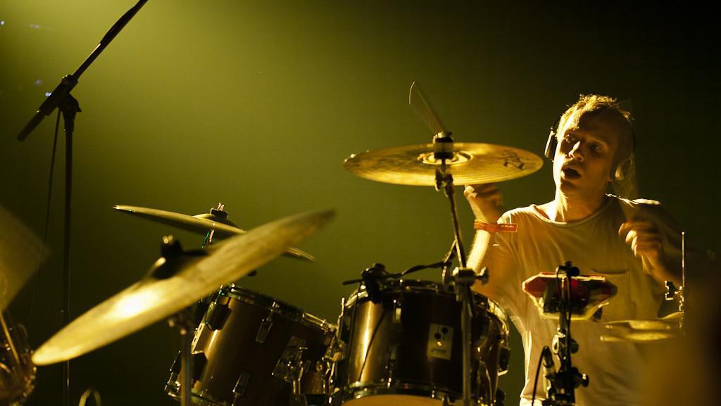 Dunivý zvuk bicích