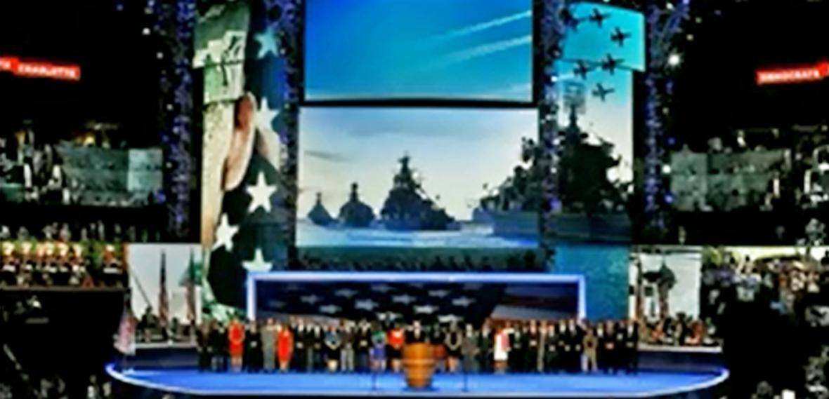 Záběry ruských lodí na sjezdu demokratů