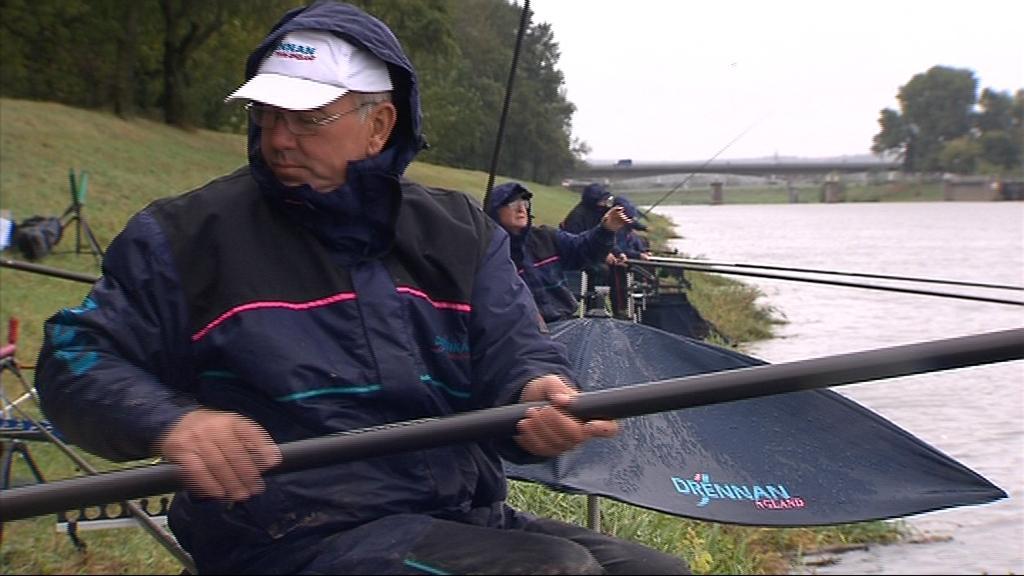 Alan Scotthorne získal za své rybářské úspěchy i titul sir