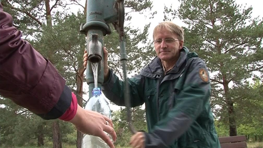Vodu z parku by si lidé pro osvěžení čepovat neměli