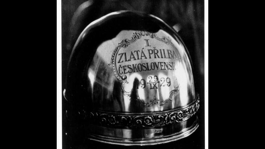 Zlatá přilba z roku 1929
