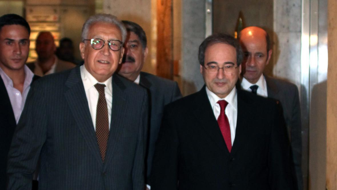 Lachdar Brahímí (vlevo)
