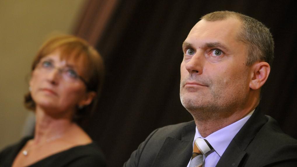Ministryně Alena Hanáková a její náměstek Martin Sankot