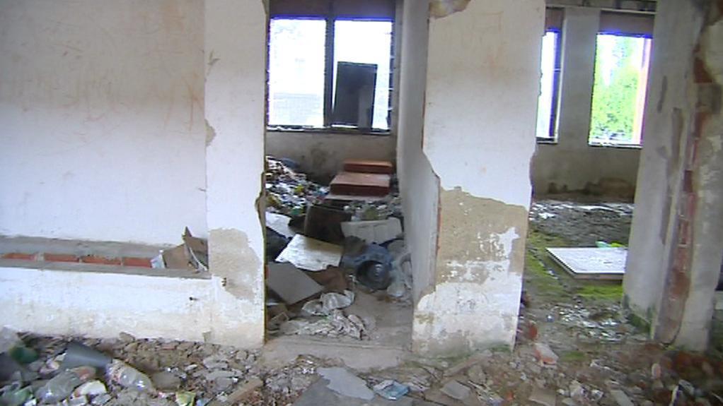 Ruina kulturního domu v Chrastavě