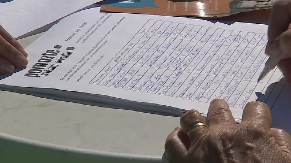 Lidé mohou divadelníky podpořit podpisem na petici