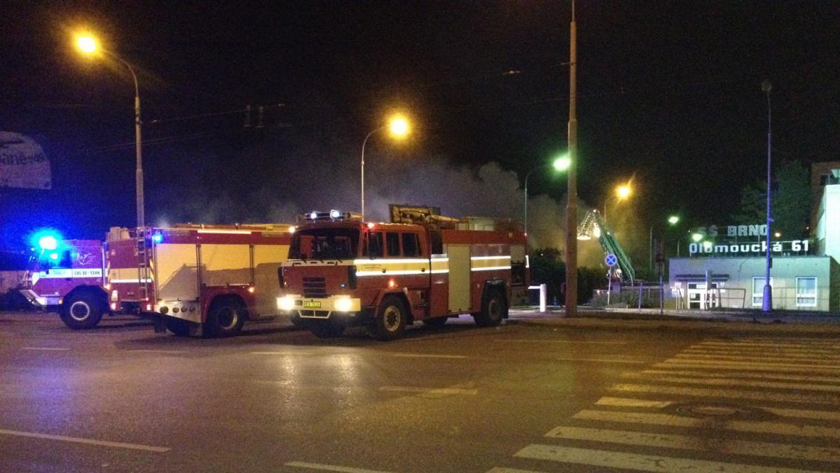 Požár vietnamské tržnice v Olomoucké ulici v Brně