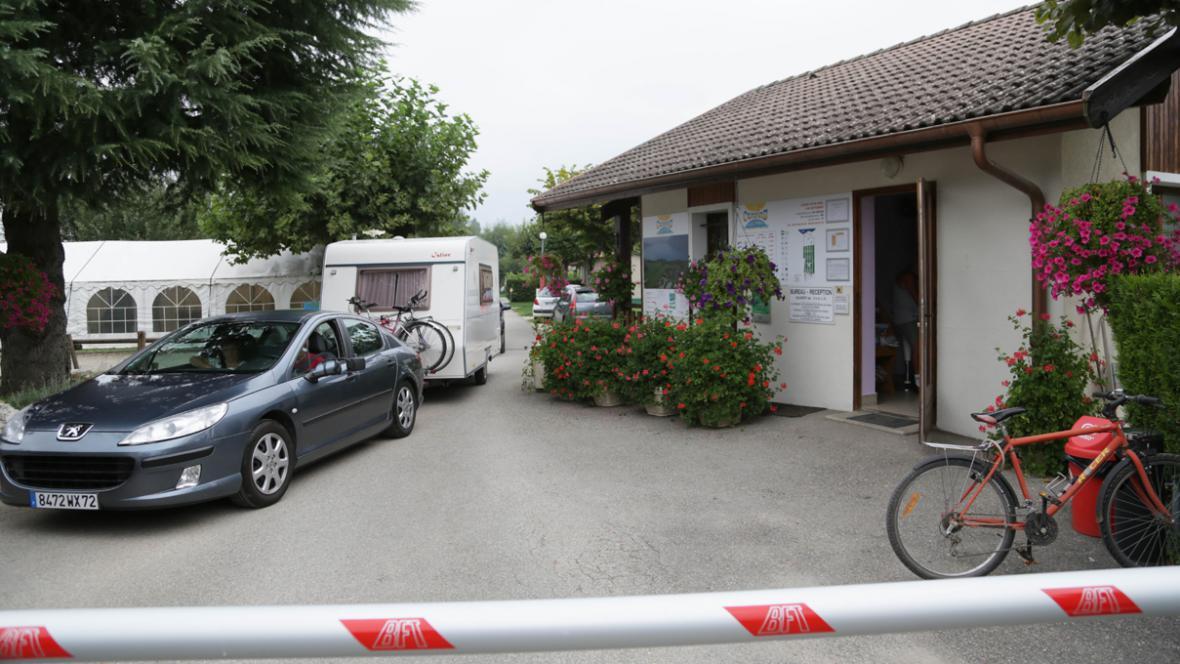 Kemp Saint Jorioz, kde trávila dovolenou zavražděná britská rodina