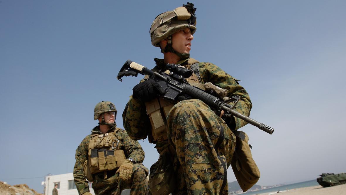 Američtí vojáci na Okinawě