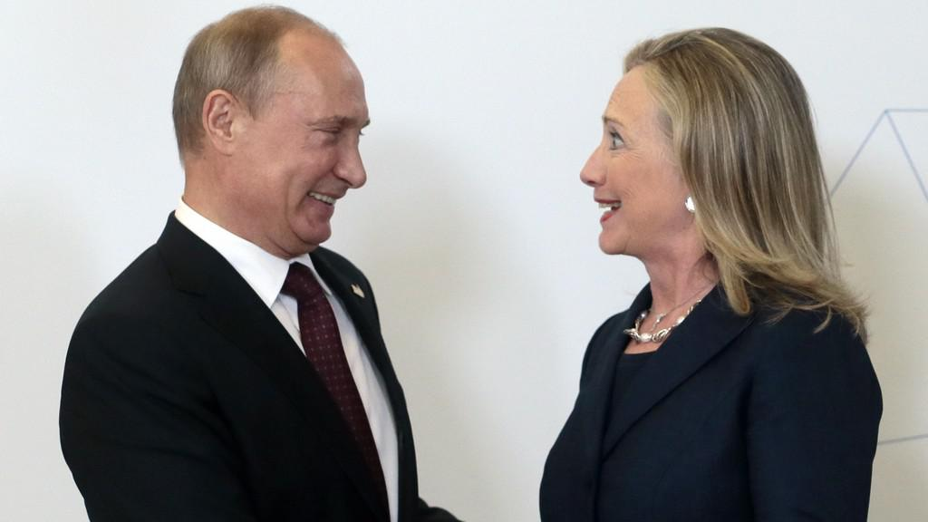 Vladimir Putin a Hillary Clintonová