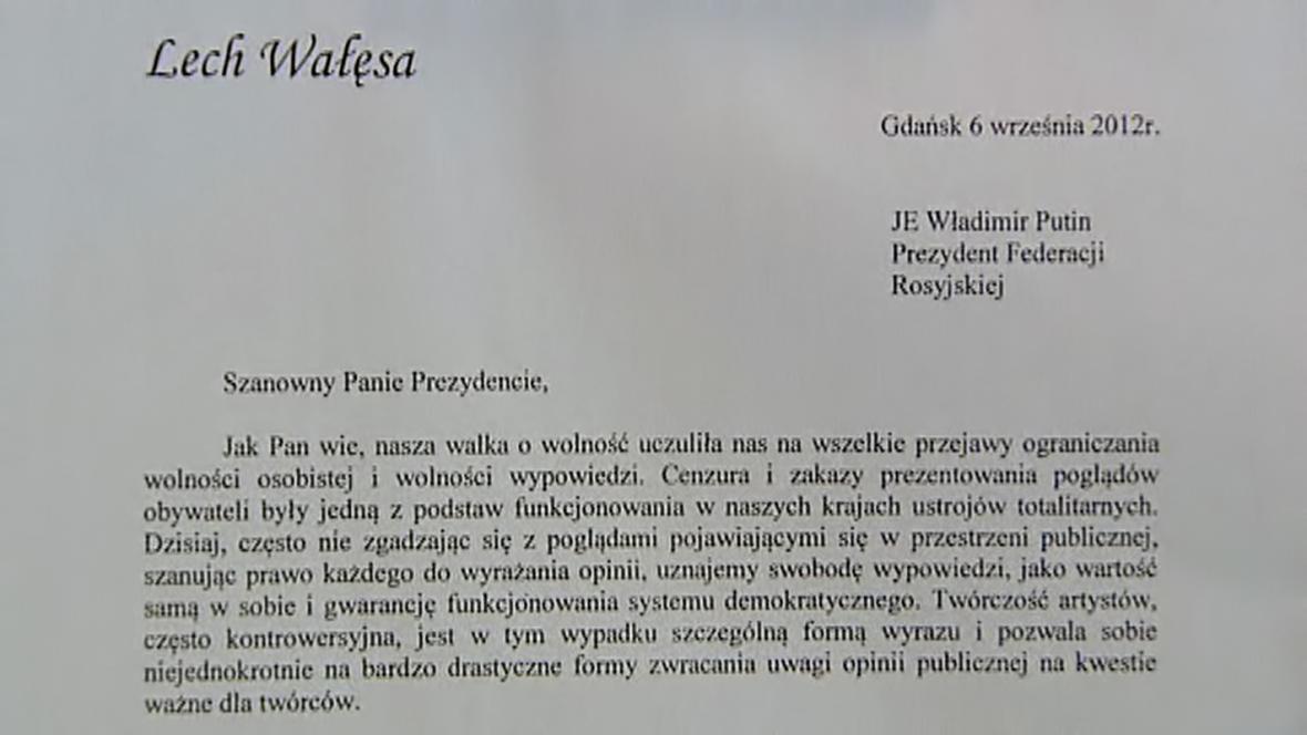 Lech Wałęsa žádá Putina o milost pro Pussy Riot