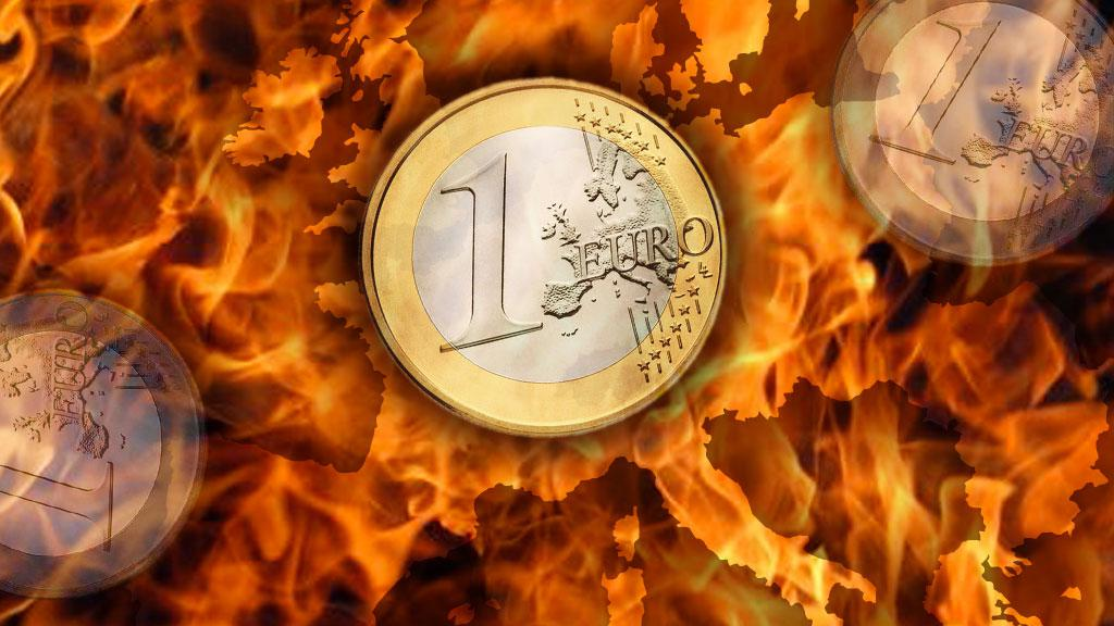 Evropská měna prochází peklem