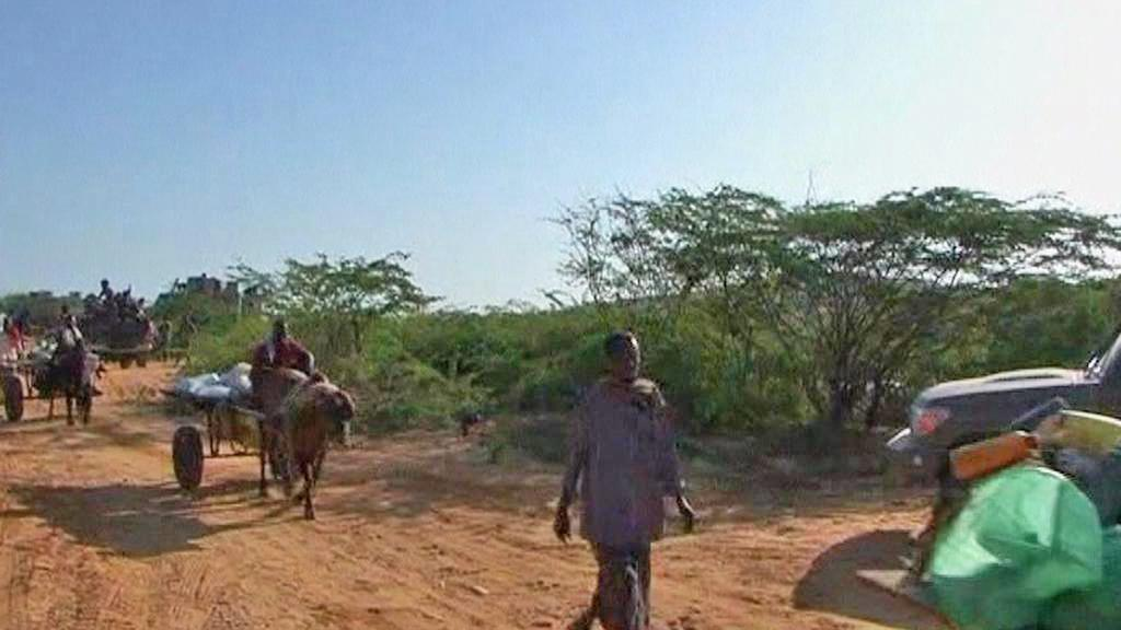 Ze somálského Kismaya utíkají stovky lidí