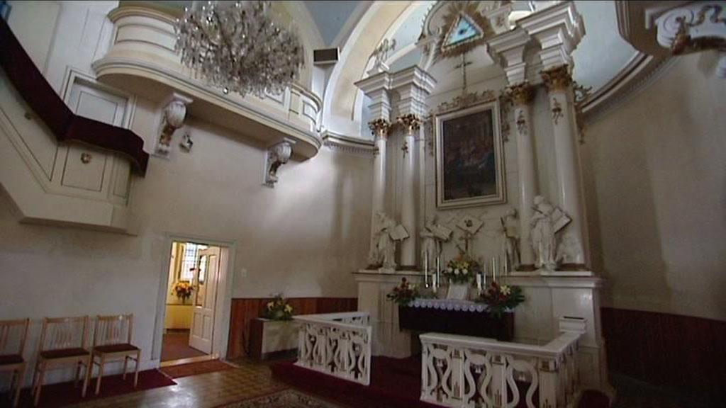 Jeden z vykradených kostelů