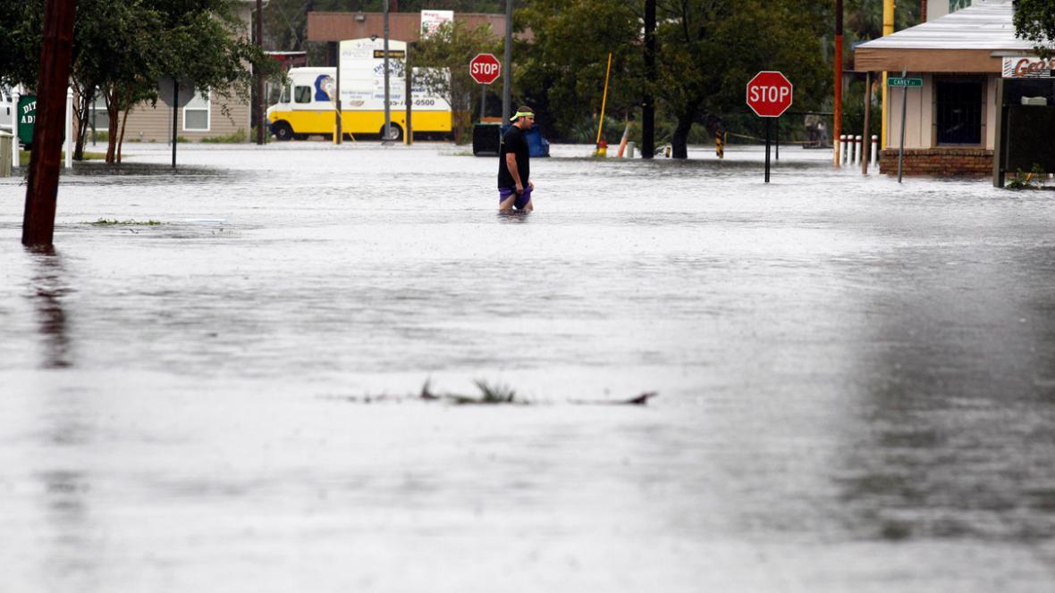 Záplavy v Louisianě po tropické bouři Isaac