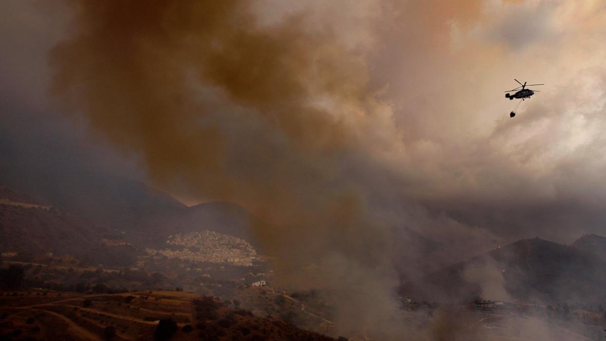 Požár ve španělském Ojénu