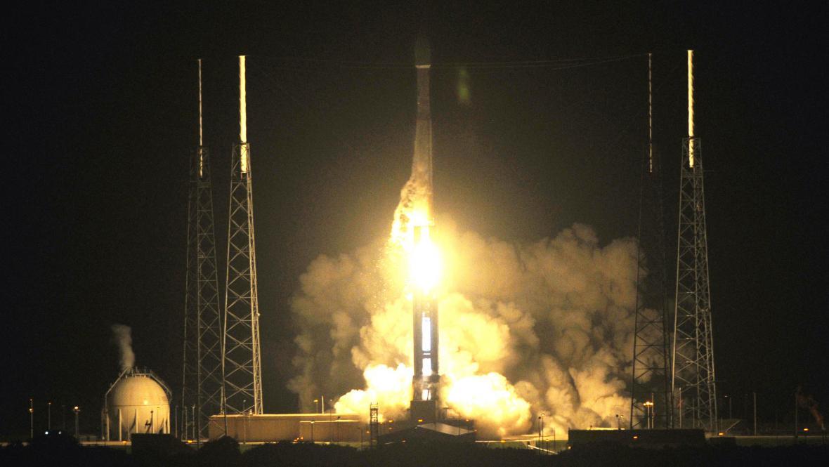 Start rakety Atlas V-401