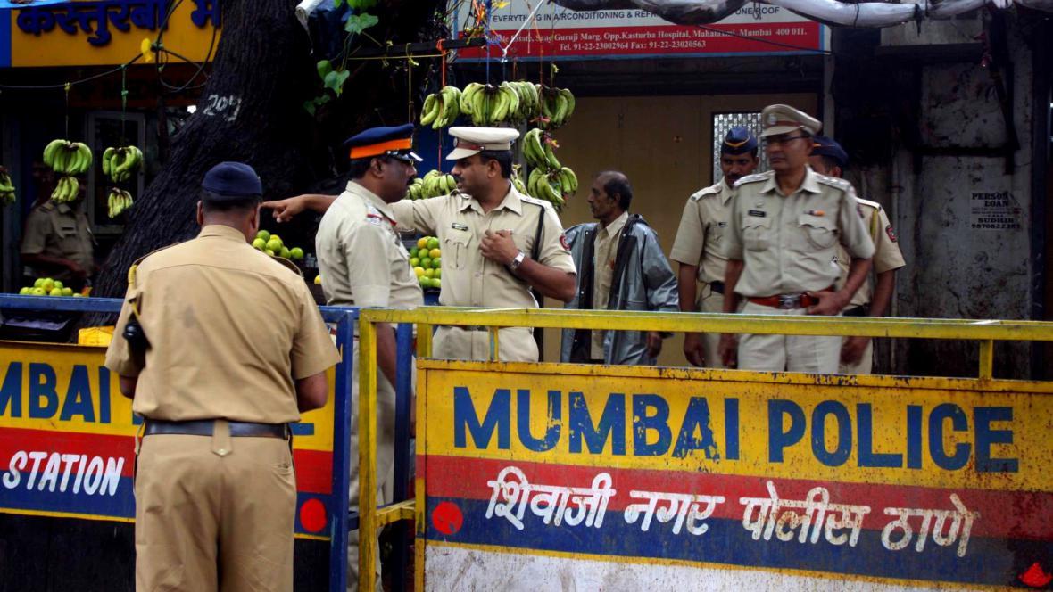 Indická policie v Bombaji