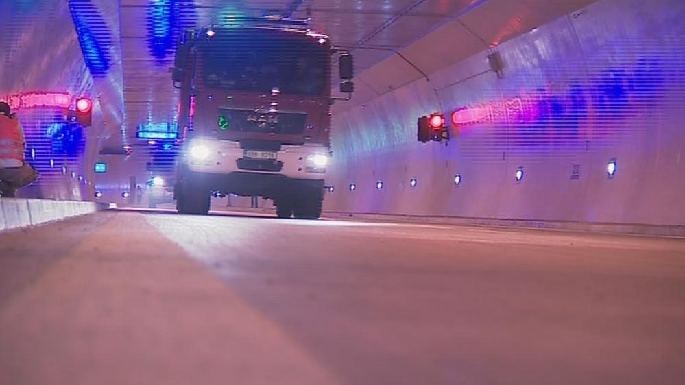 Cvičení prověřilo hasiče, záchranáře i policisty