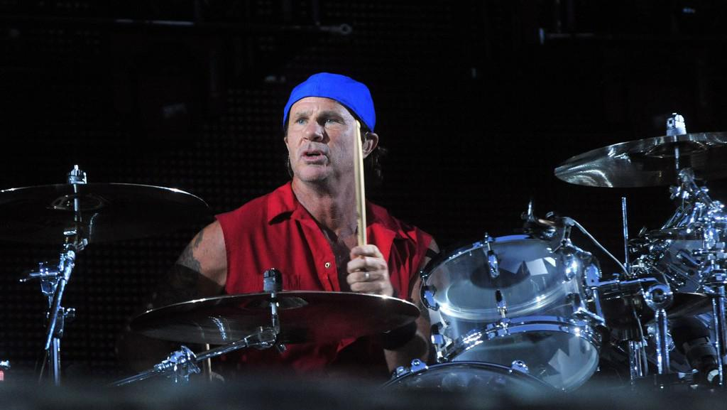 Red Hot Chili Peppers / Chad Smith