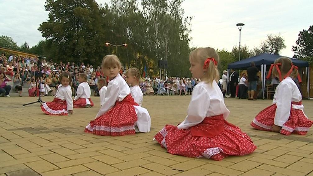 Součástí slavností byla i folkorní vystoupení