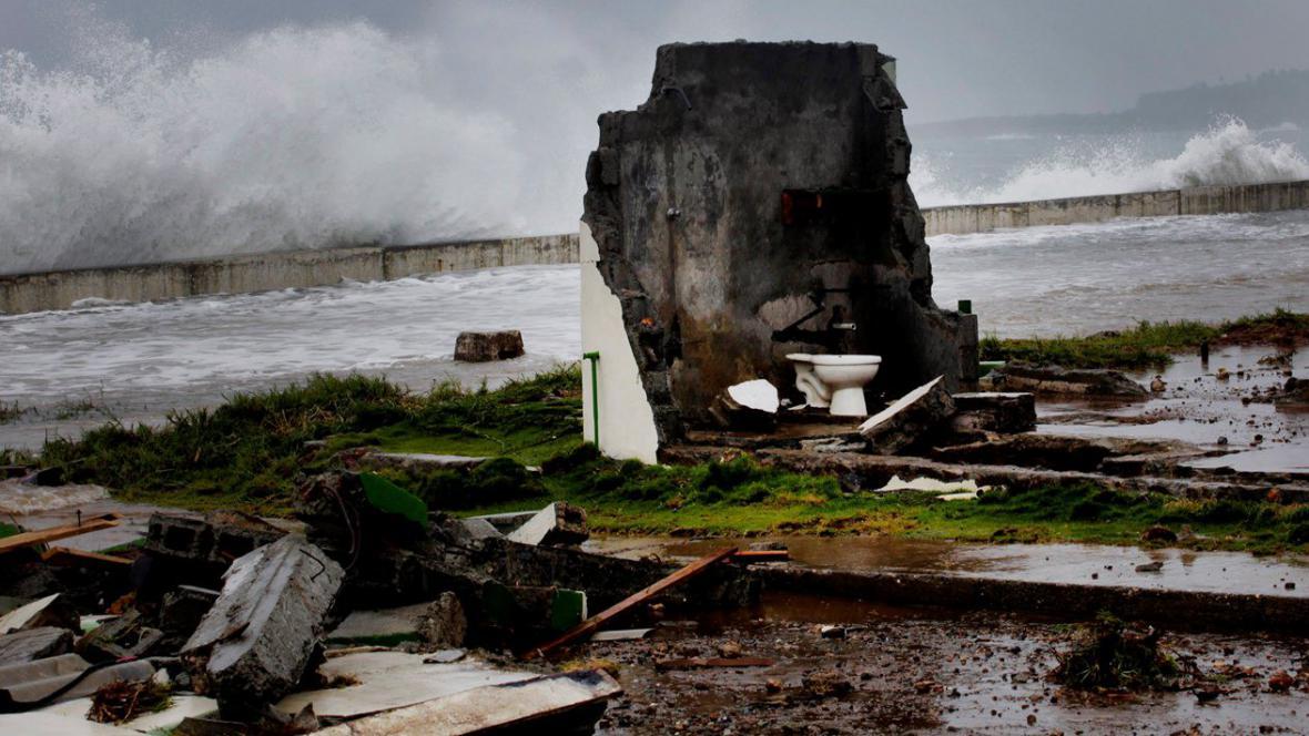 Bouře Isaac dorazila na Kubu