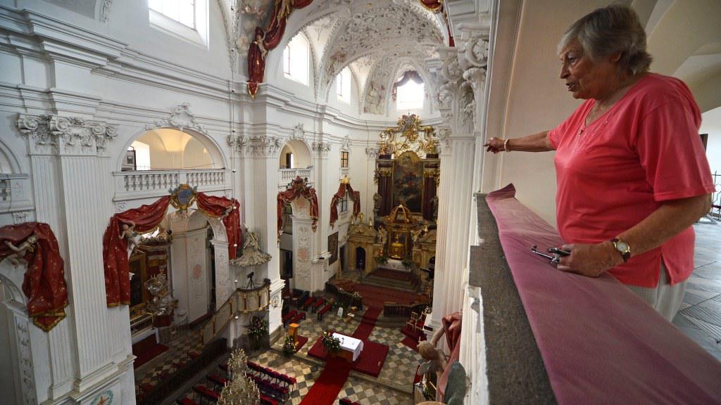Interiér chrámu v Polné