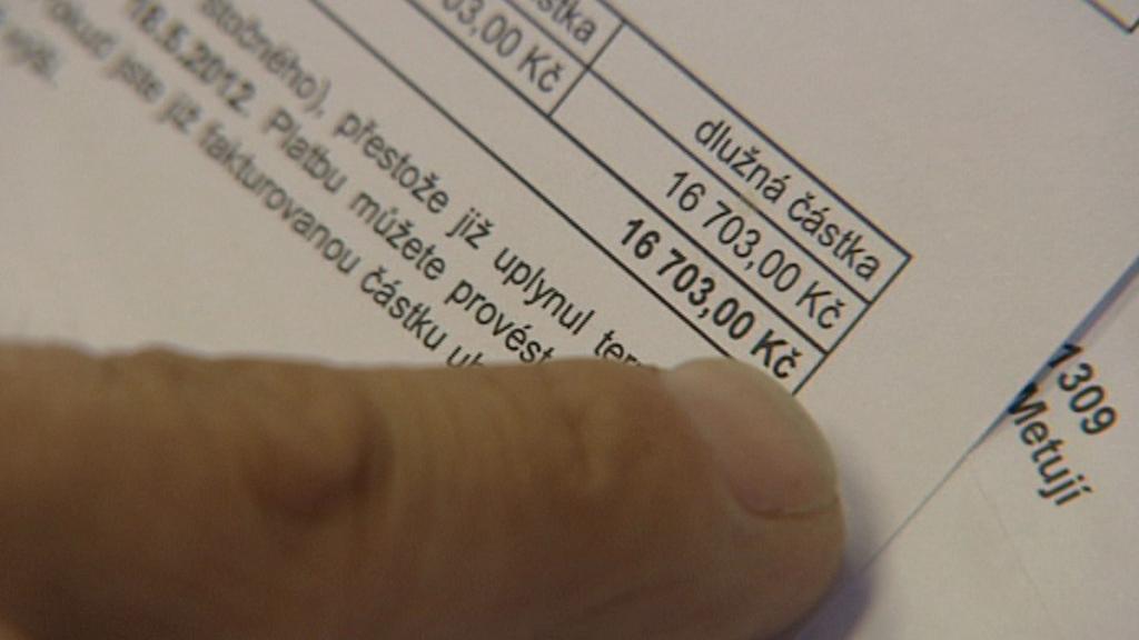 Dluh vodárnám narůstá každé tři měsíce